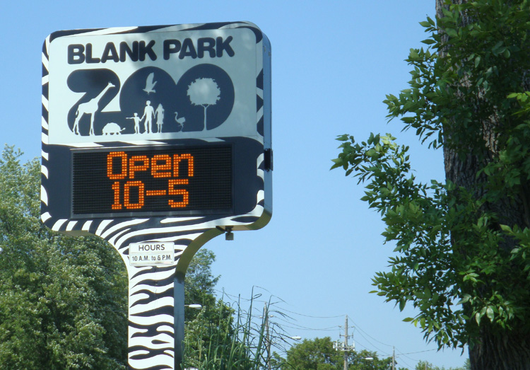 blankparkzoosigngood
