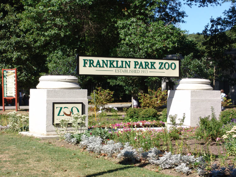 franklinparkzooentrancesign